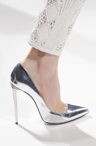 Silver Metallic Heels with Accent • Capuchino Beauty