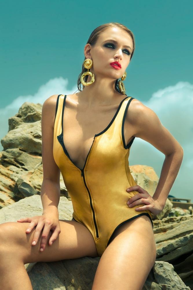 Tropical Getaway Shoot with Lisa Capuchino