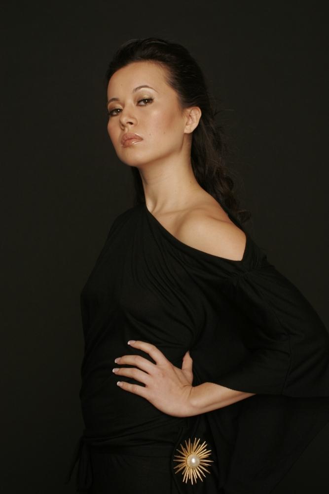 model-rika-gardner-photographer-brad-starks-11-e1382024038711-1000x1000 Makeup Artist Portfolio