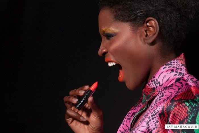 dark-girl-wearing-bright-orange-lipstick-1000x1000-700x467 Makeup Artist Portfolio