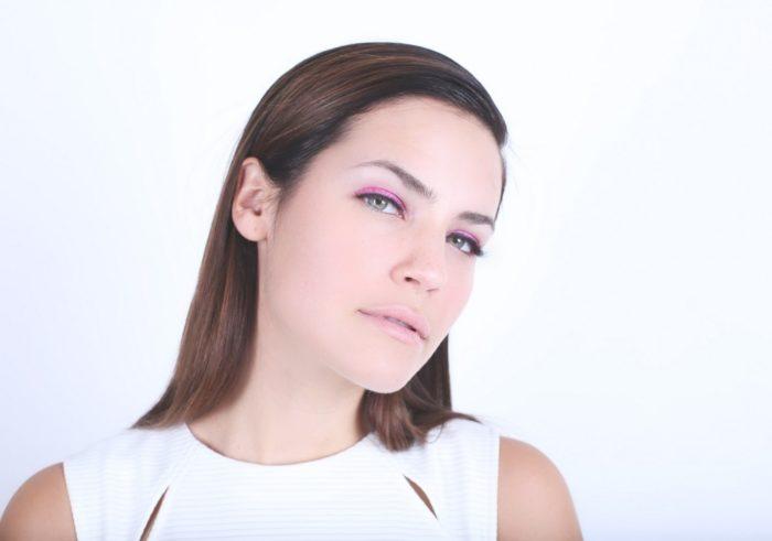 model-wearing-pink-eye-shadow1-1000x1000-700x491 Makeup Artist Portfolio