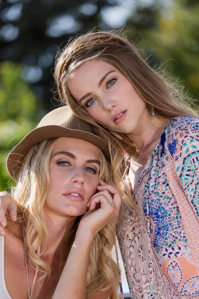 beautiful-blondes-in-marfa-texxas-700x1050 Makeup Artist Portfolio