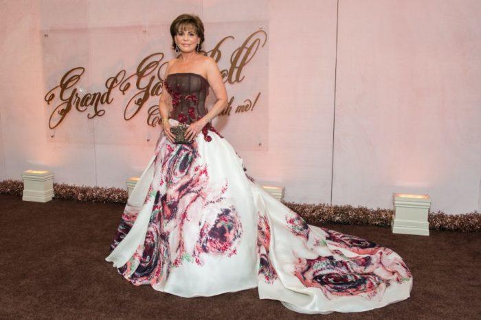 hallie-vanderheider-best-gowns-at-grand-gala-ball09205447-700x467 Makeup Artist Portfolio
